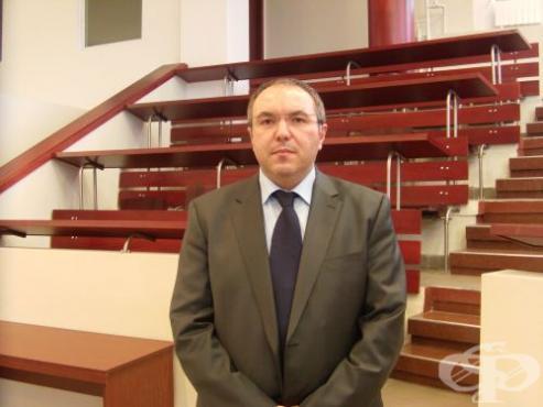 """Д-р Костадин Ангелов е временно изпълняващ длъжността директор на УМБАЛ """"Александровска"""" - изображение"""