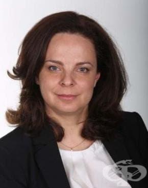Десислава Атанасова: Откакто съм министър не са раздавани бонуси - изображение