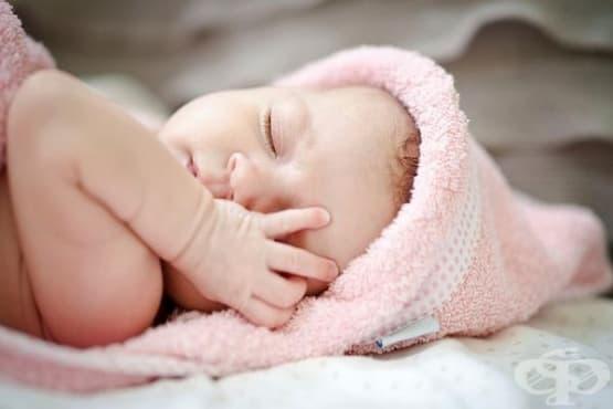 Здраво бебе се роди от замразен преди 24 години ембрион - изображение