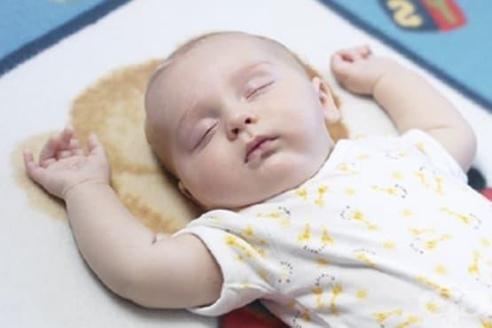 Как да се намали внезапната детска смърт по време на сън - изображение