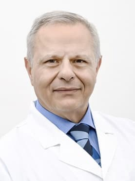 Д-р Пинторе консултира и оперира във Вита. Италианският ортопед отстранява Hallux Valgus - изображение
