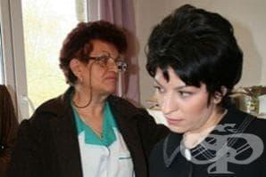 Министър Десислава Атанасова внесе предложение до правителството за отпадане на финансовия лимит за лечение на деца - изображение