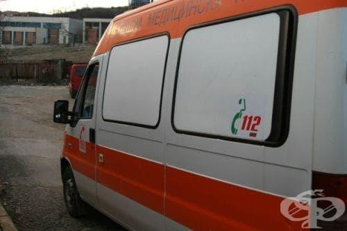 В МБАЛ - Бургас остава тежко състоянието на двама от четиримата пострадали в Поморие работници - изображение