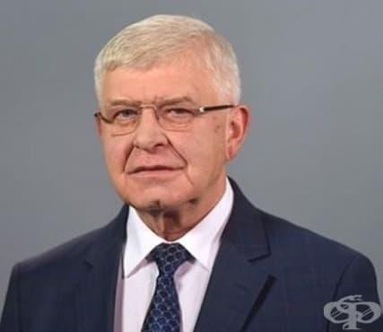 Министърът на здравеопазването отговори на три въпроса от депутати - изображение
