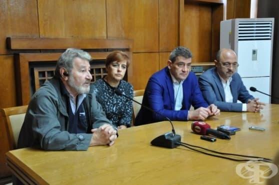 "Над 450 деца от Бургас прегледаха специалистите от ""Пирогов"" - изображение"