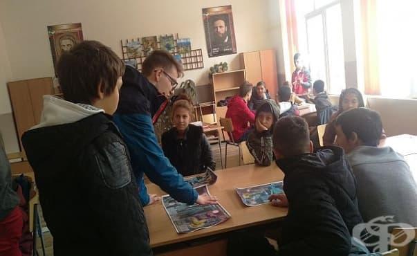 Представители на ПИЦ - Ловеч проведоха час на здравето с ученици  - изображение