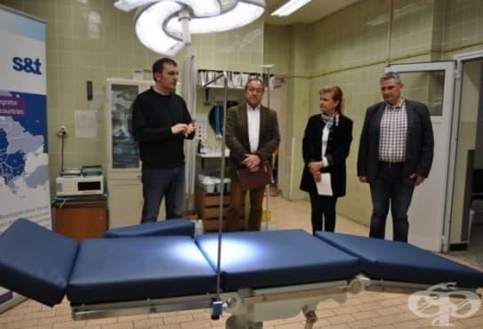 """Нова операционна маса получи очната клиника на пловдивската УМБАЛ """"Св. Георги"""" - изображение"""