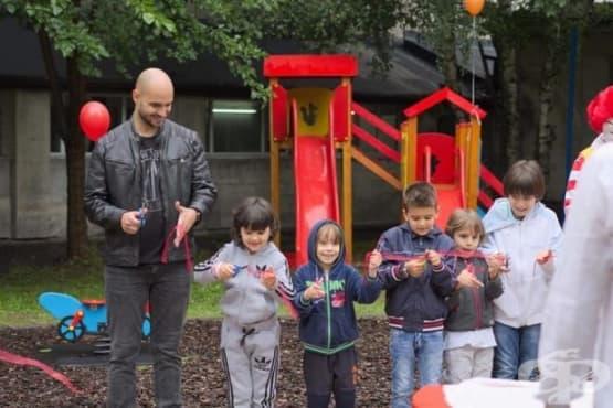 """Откриха детска площадка в УМБАЛ """"Царица Йоанна – ИСУЛ"""" - изображение"""