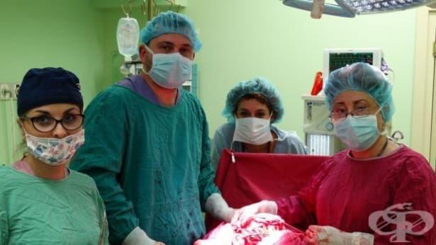"""Отстраниха огромен тумор от матката на жена в болница """"Медлайн"""" - изображение"""