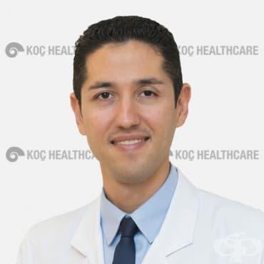 """Офталмологът проф. Оркун Мюфтюоглу ще консултира безплатно в """"Медикъл Караджъ"""" на 7 август 2019 г. - изображение"""