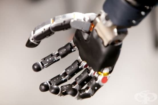 Минироботи създават усещане за движение при хора с протези на ръката - изображение