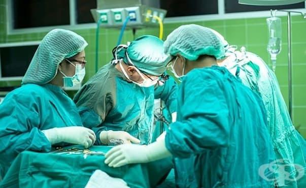 """В УМБАЛ """"Св. Екатерина"""" оперираха млад мъж с рядък тумор - изображение"""