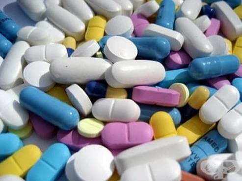 Търговията на лекарства в България нараства, а производството леко спада - изображение