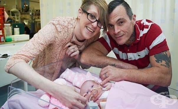 Лекари спасиха момиченце със сърце извън гръдния кош - изображение