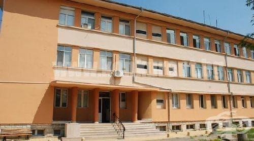 Болницата в Берковица отново оцеля на магия - изображение