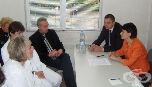 Здравният министър потвърди увеличение до 18% на заплатите в Кръвен център - Варна от 1 януари - изображение