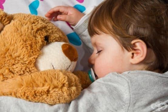Имунотерапия помага на децата с алергична астма, причинена от домашен прах - изображение