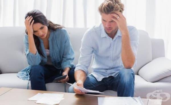 Финансовите проблеми могат да разрушат връзката ви - изображение