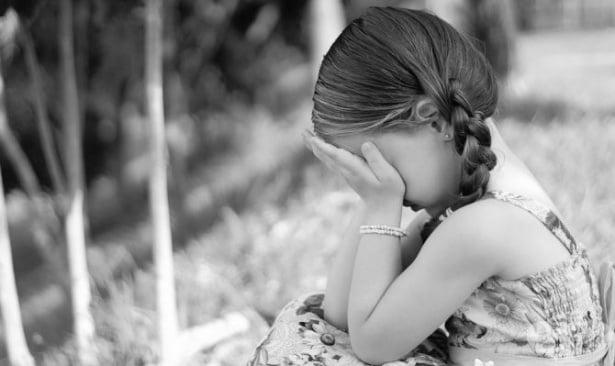 3 неща, които ще се случат, когато останете заедно заради децата  - изображение