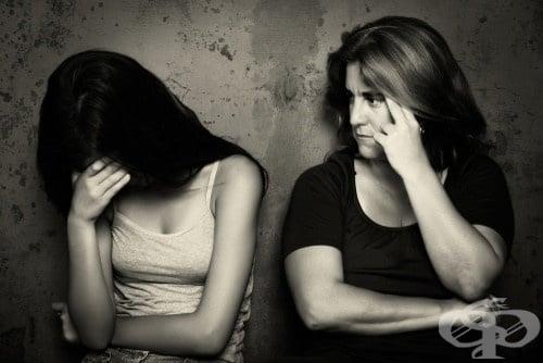 Три тактики на манипулативния родител - изображение