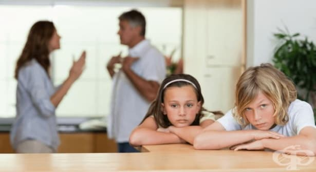 Как да помогнем на децата да преживеят по-лесно раздялата на родителите си - изображение