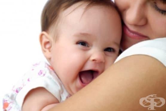 Развитие на бебето в първите шест месеца - изображение