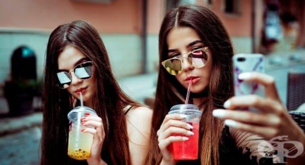 Какво влияние оказват селфитата върху самочувствието на момичетата - изображение