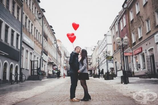 Триъгълна теория за любовта и Теория за любовта като история - изображение