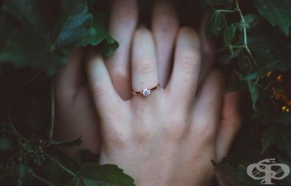 6 сигурни знака, че връзката ви процъфтява  - изображение