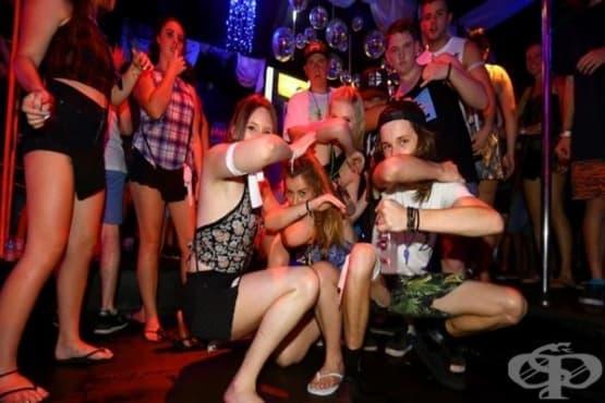 Ужасните тийнейджъри – какво прави юношеството толкова трудно - изображение
