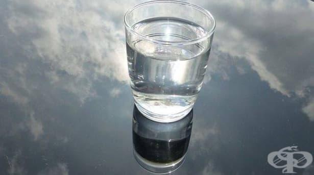 Колко тежи вашата чаша с вода? Кратка история за това как ни влияят проблемите  - изображение