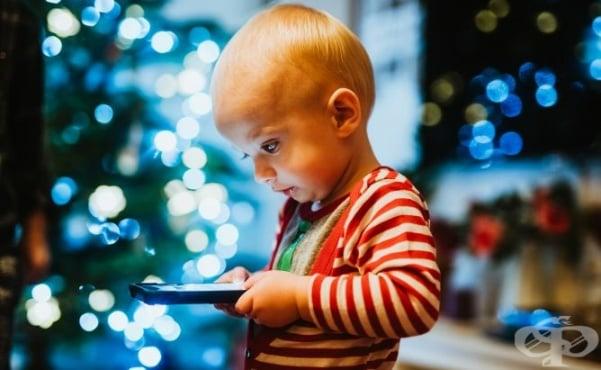 """Давайки на детето си смартфон, вие """"все едно му давате наркотик"""" - изображение"""