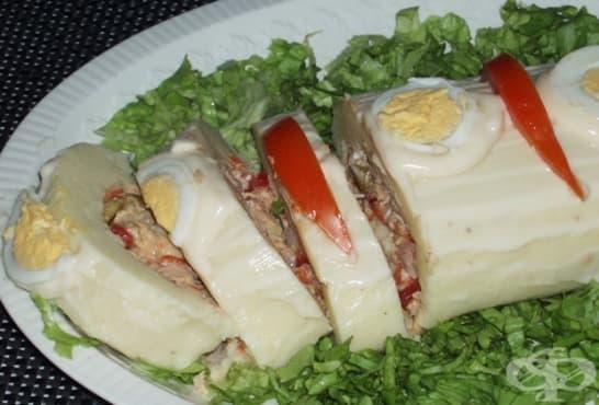 Картофено руло с майонеза и ароматна плънка - изображение