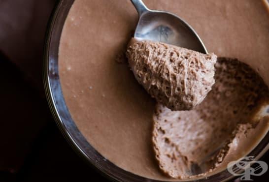 Експресен млечен шоколадов мус - изображение