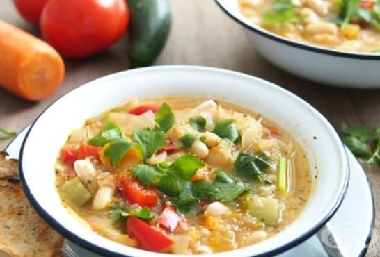 Супа с киноа, боб и зеленчуци - изображение