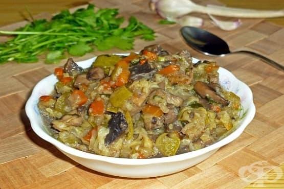 Зеленчуково рагу с гъби и чесън - изображение