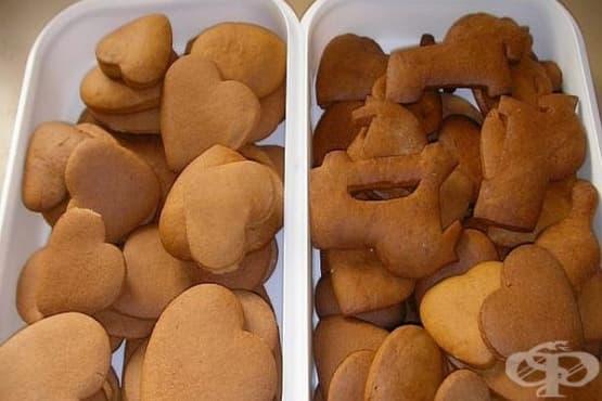 Домашни меденки с пудра захар и какао - изображение