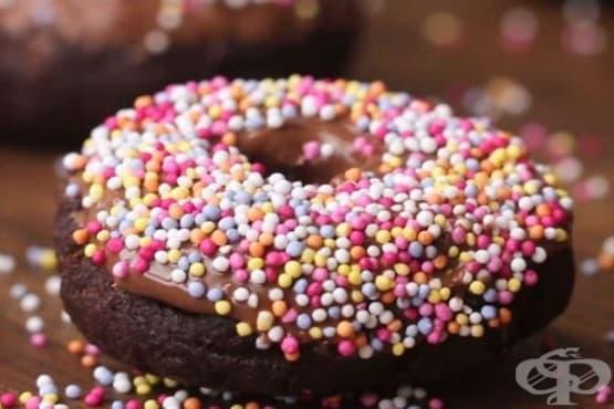 Безглутенови понички с шоколад - изображение
