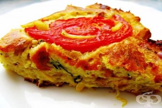 Зеленчукова запеканка от тиквички и домати с млечно-яйчена заливка - изображение
