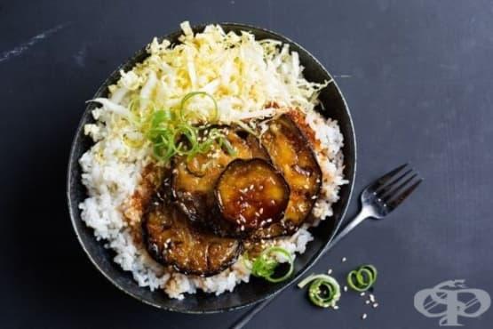 Маринован пържен патладжан с ориз по японски - изображение