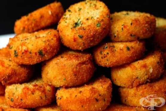 Картофени кюфтета с барбекю сос и крема сирене - изображение
