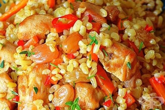 Булгур с пилешко и зеленчуци - изображение