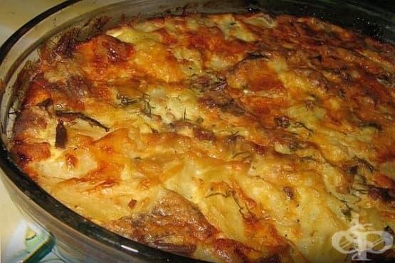Картофена запеканка с лук и заливка - изображение