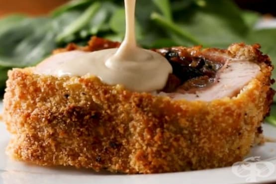 Руло от пилешко месо, бекон и спанак - изображение