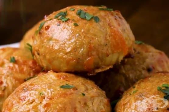 Картофени бомбички с яйца и бекон - изображение