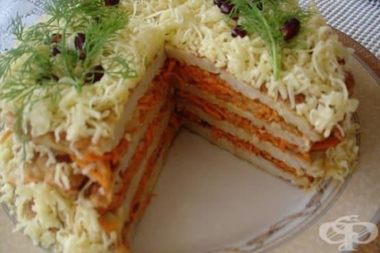 Солена пилешка торта с моркови и кашкавал - изображение