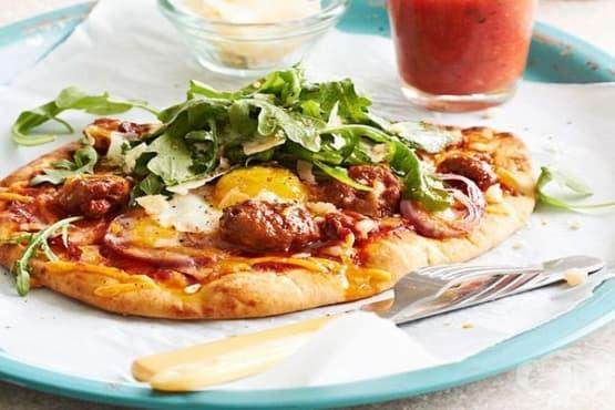 Пица с блат от пърленка и плънка с яйца - изображение