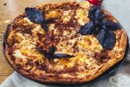 Пица Болонезе (от бутер тесто) - изображение