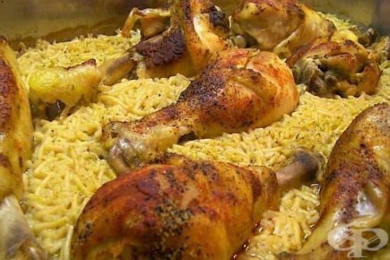 Пилешки бутчета с ориз и царевица - изображение