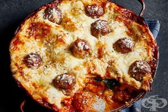 Лазаня със спанак, три вида сирене и цели кюфтенца - изображение